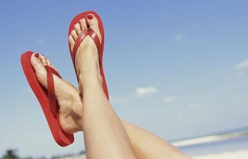 dép lê thoải mái chân